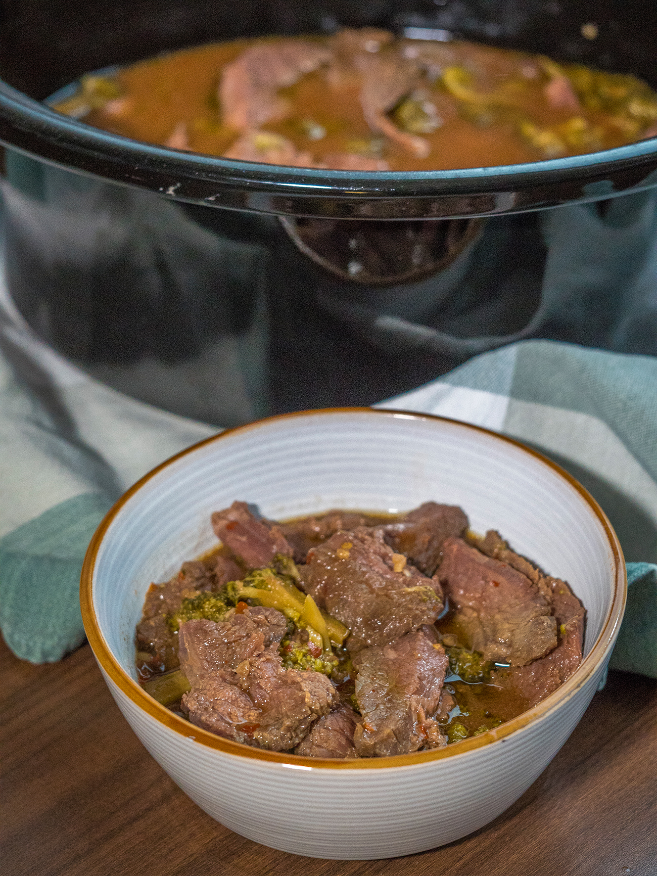 Slow Cooker Broccoli Beef Vertical 1