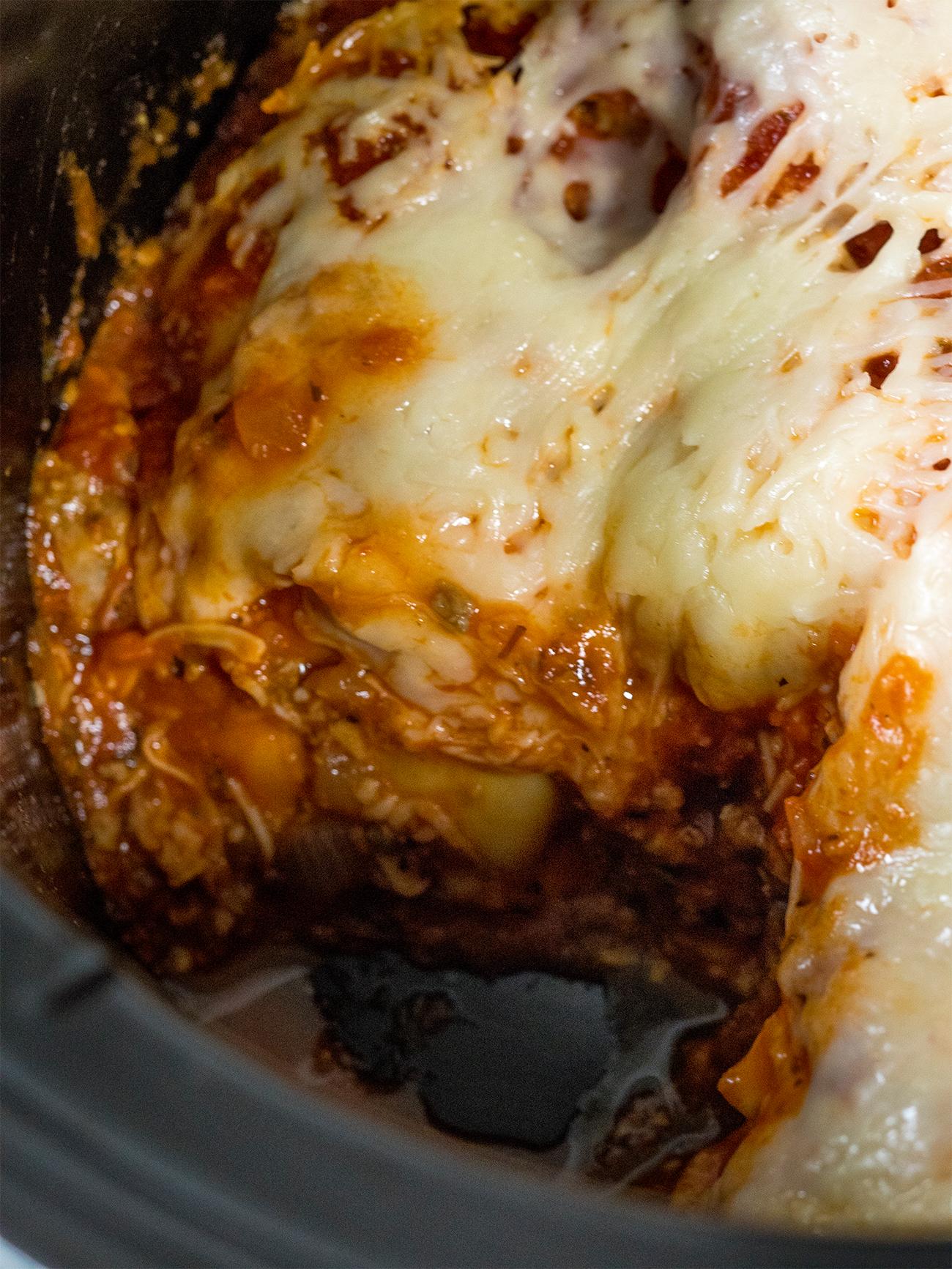 Slow Cooker Lasagna Vertical 1