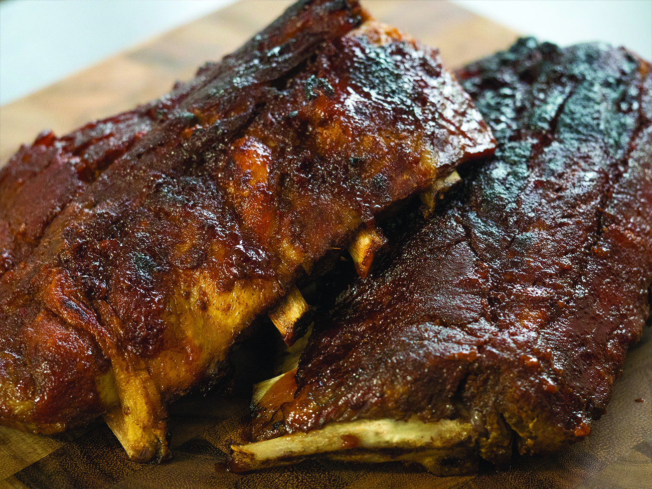Slow Cooker Honey Garlic Ribs Horizontal 1