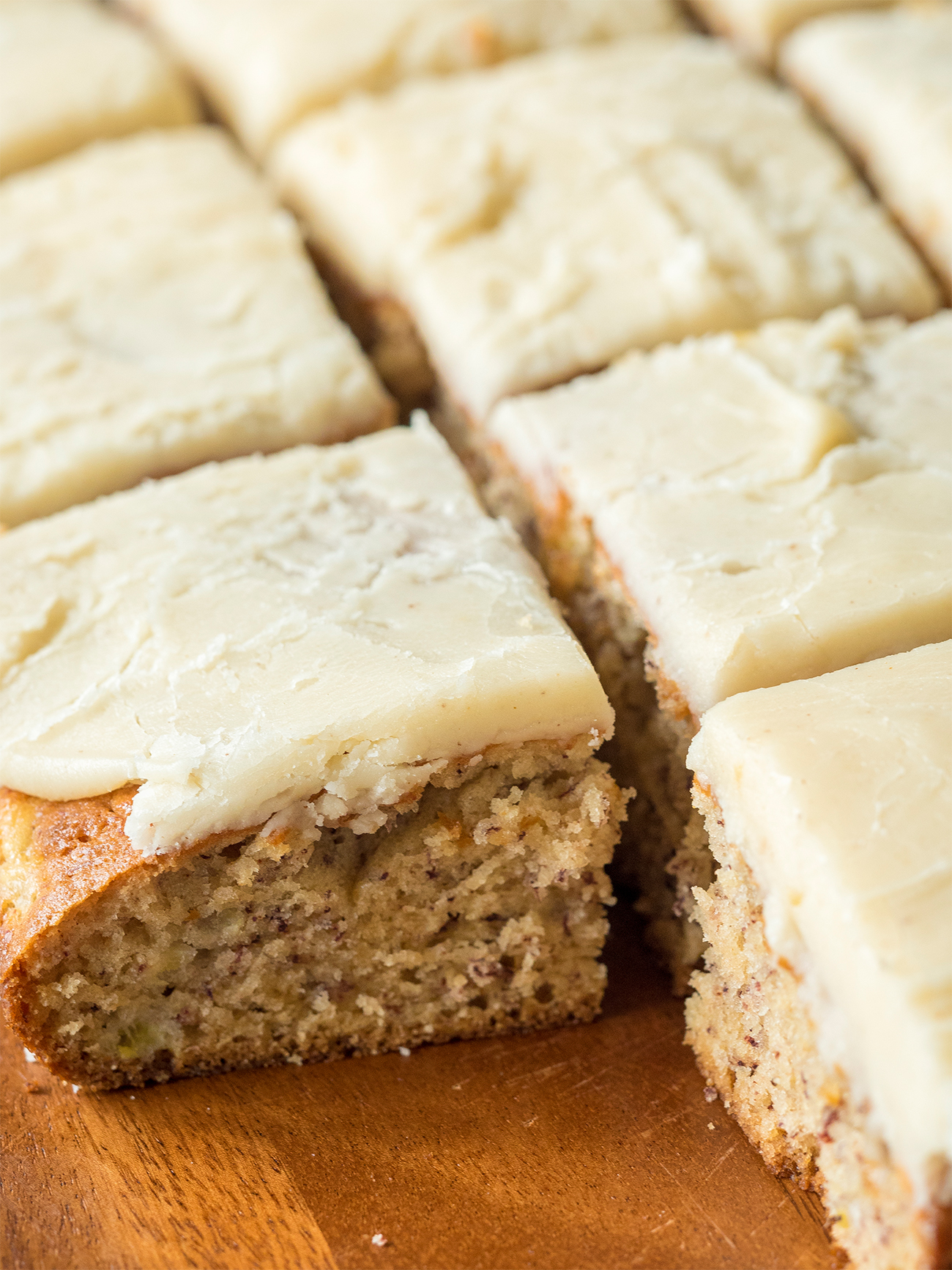 Banana Bread Brownies Vertical 1