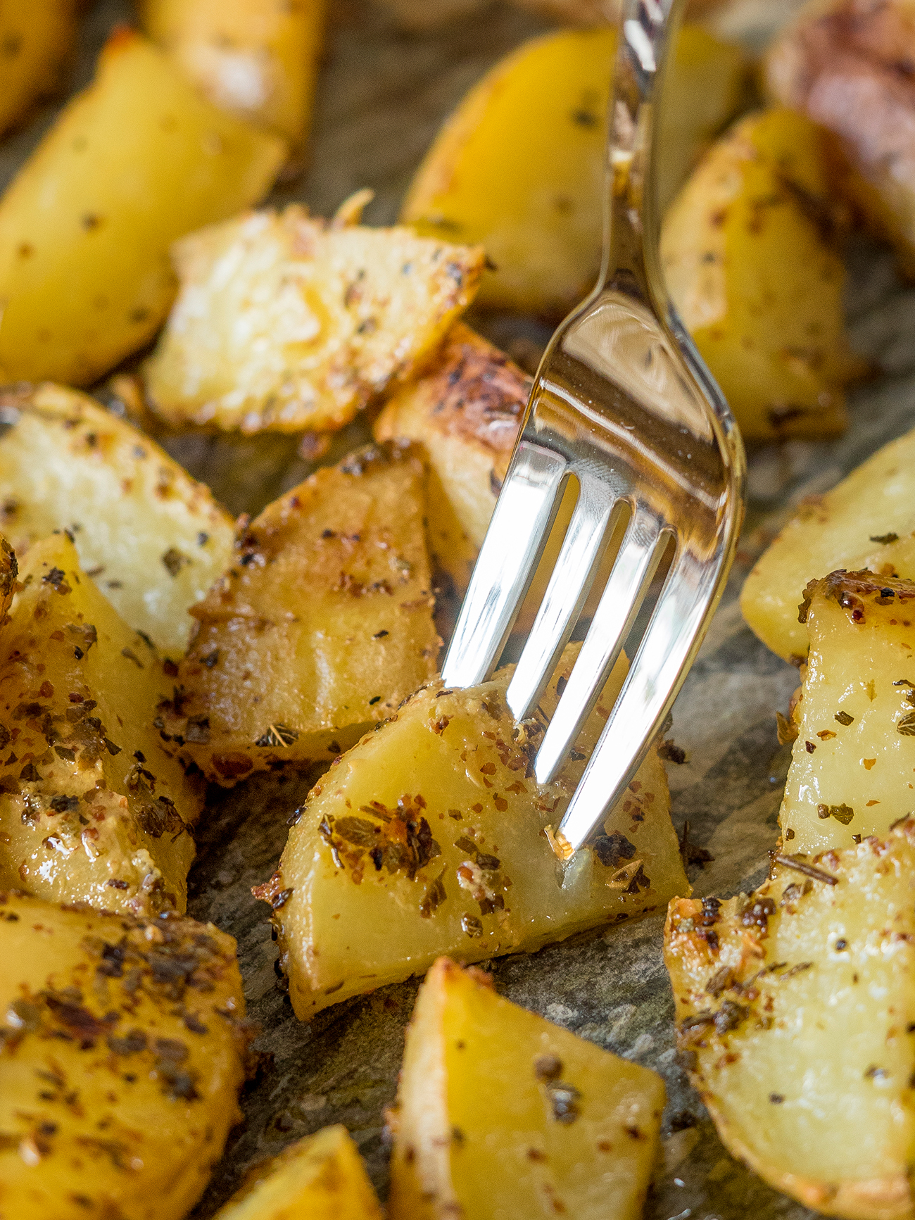 Greek Lemon Garlic Roasted Potatoes Vertical 3