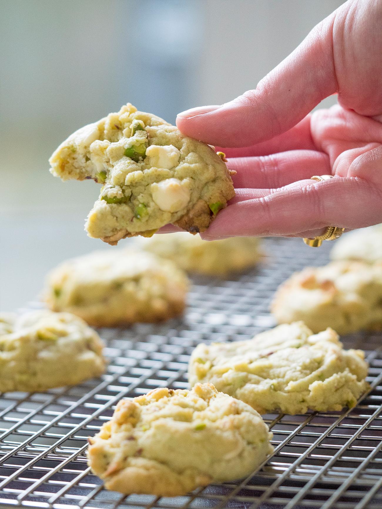 Pistachio Cookies Vertical 4