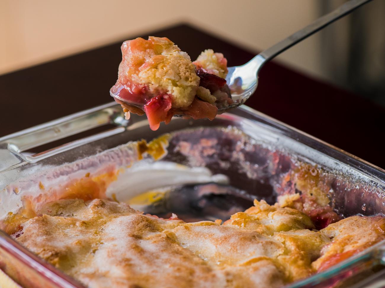 Strawberry Pudding Cake Horizontal 3