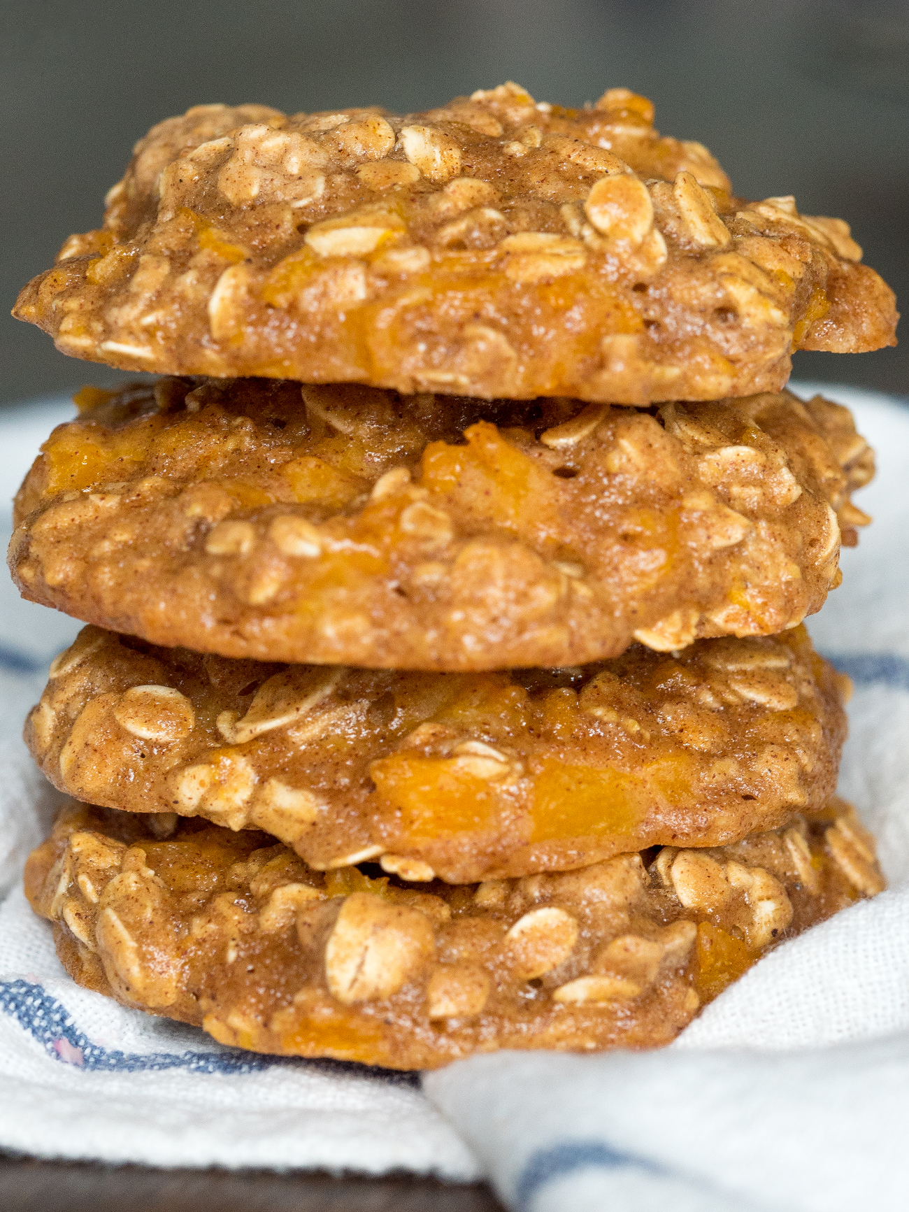 Peach Pie Oatmeal Cookies Vertical 2