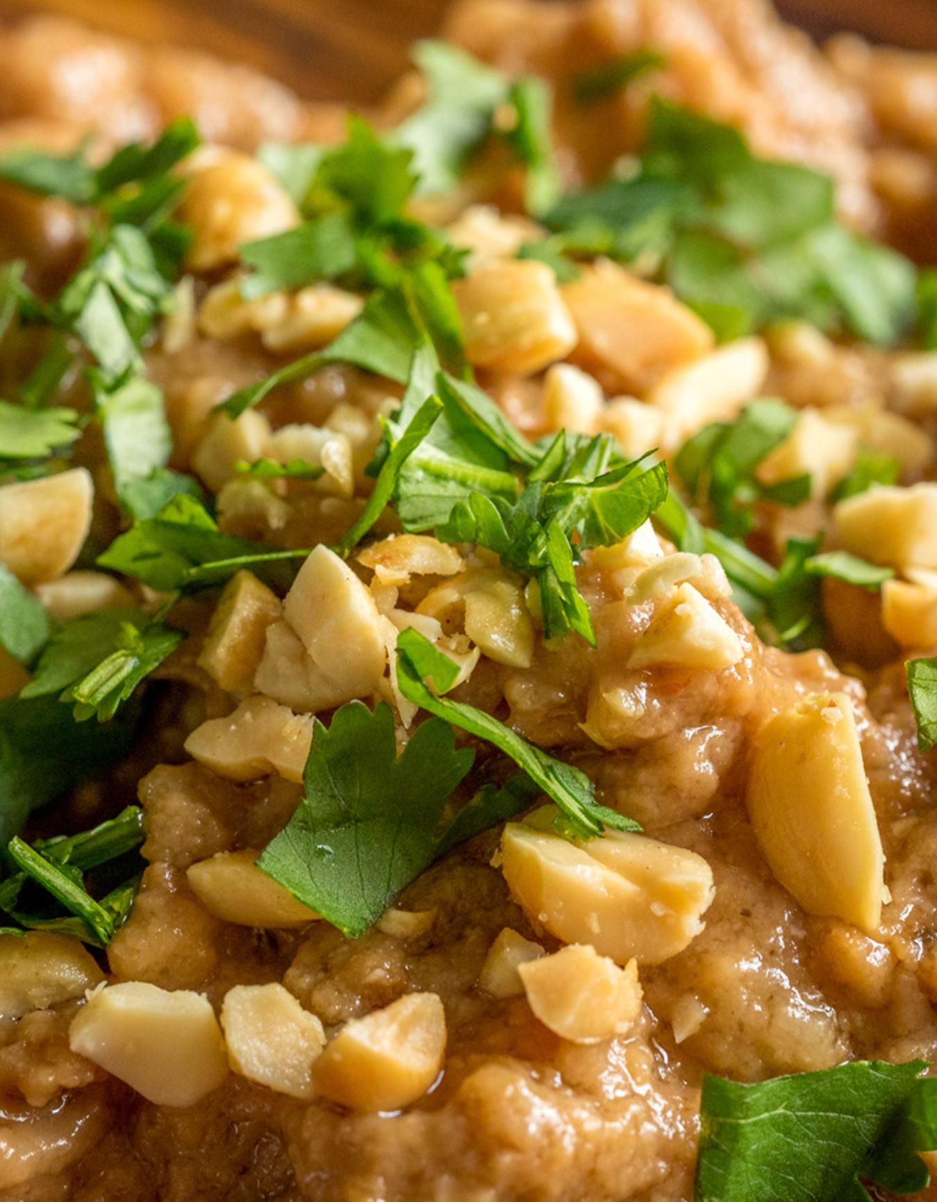 Slow Cooker Thai Peanut Chicken Vertical 2