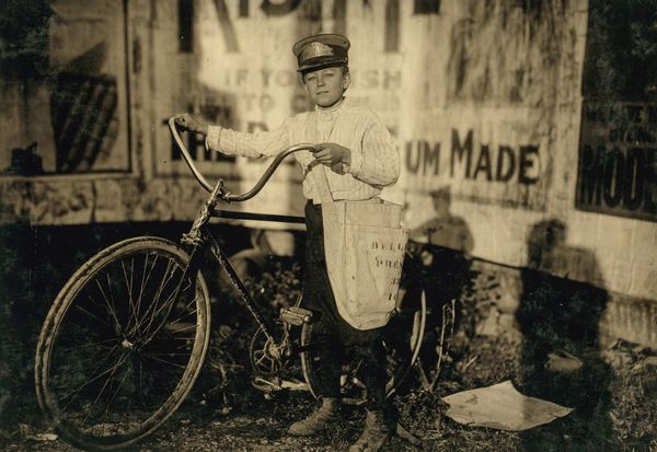 The Young Bike Messengers Of The South (23 Photos)
