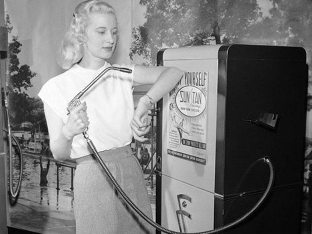 sun_tan_vending_machine_1949