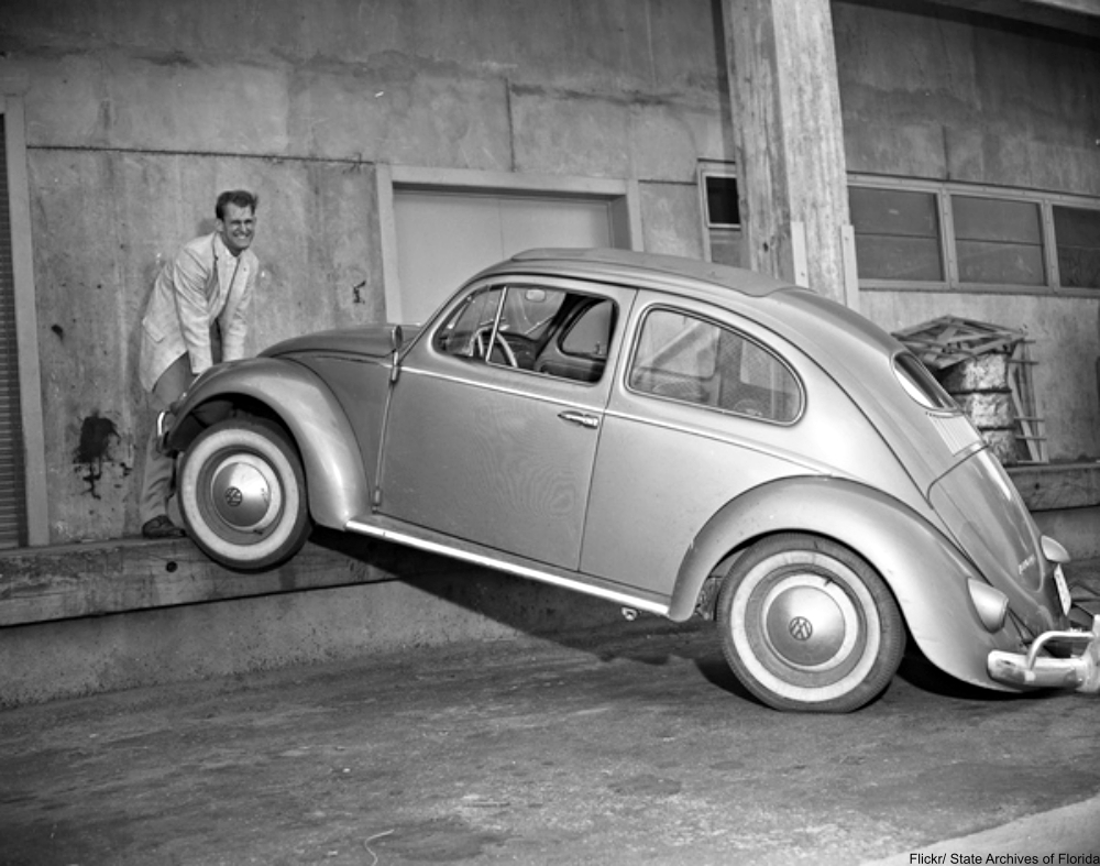 15 Vintage Photographs of VWs in Action