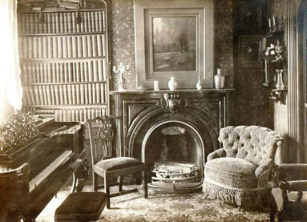 A Rare Look Inside Victorian Houses From The 1800s 13