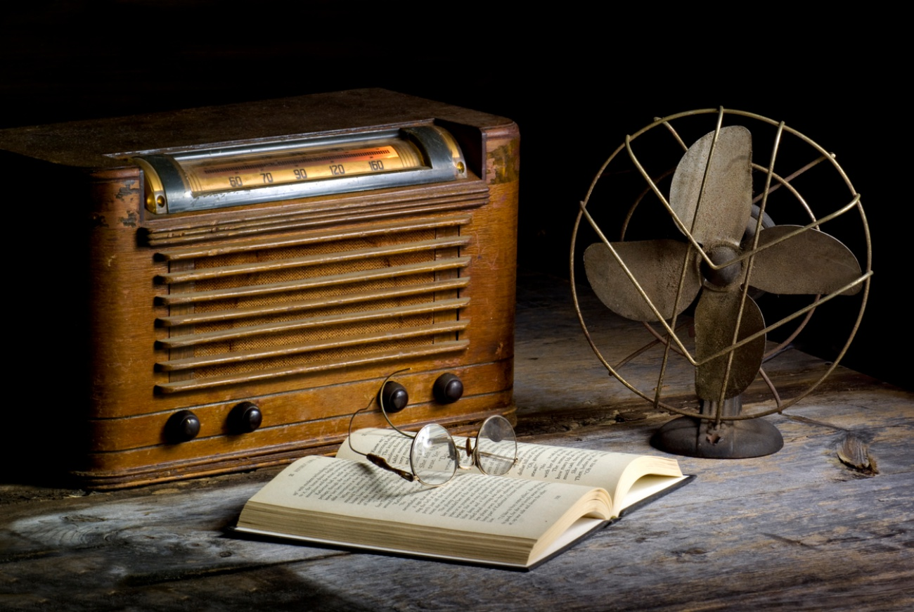 old radio and fan
