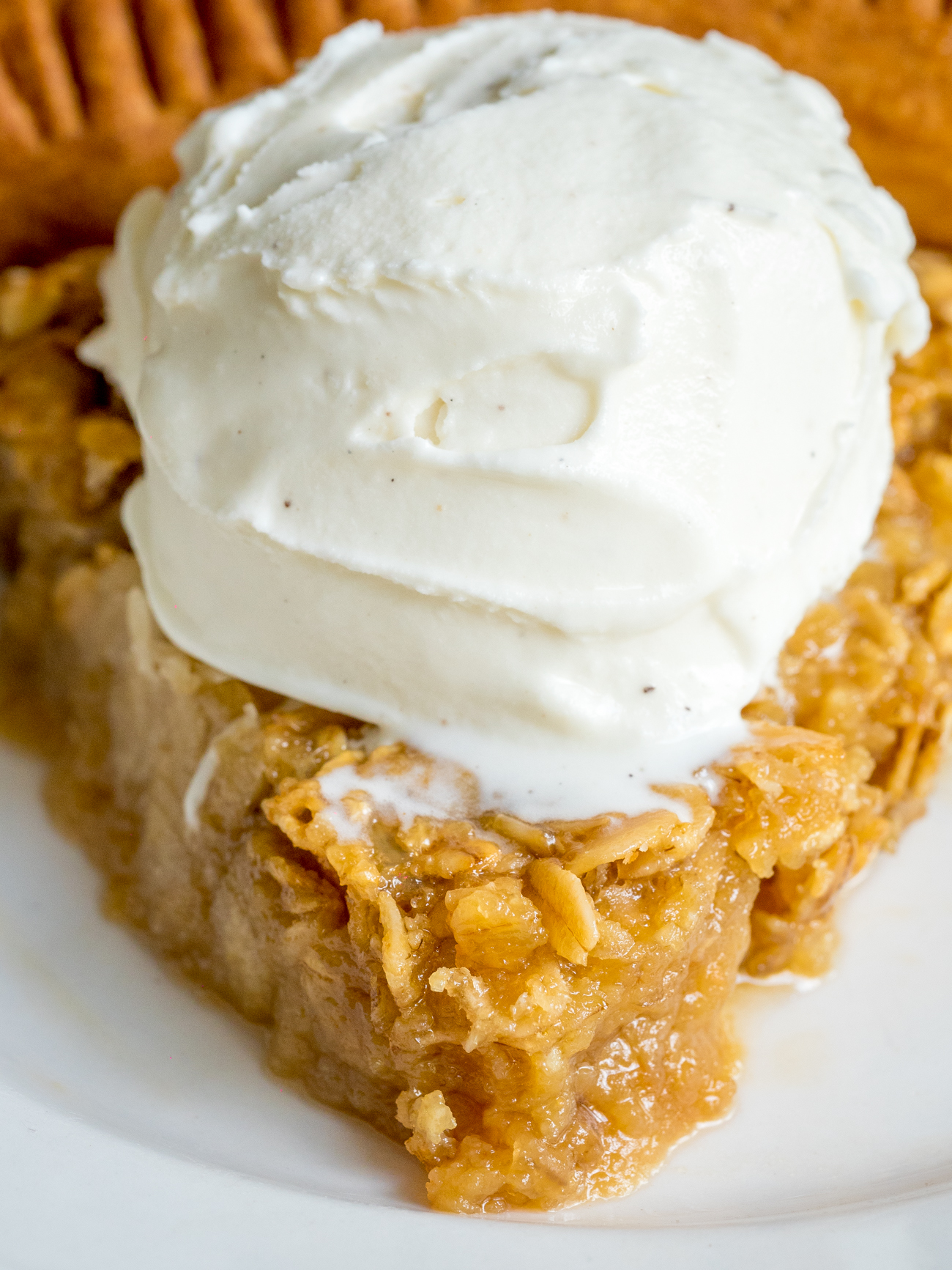 Amish Oatmeal Pie Vertical 1