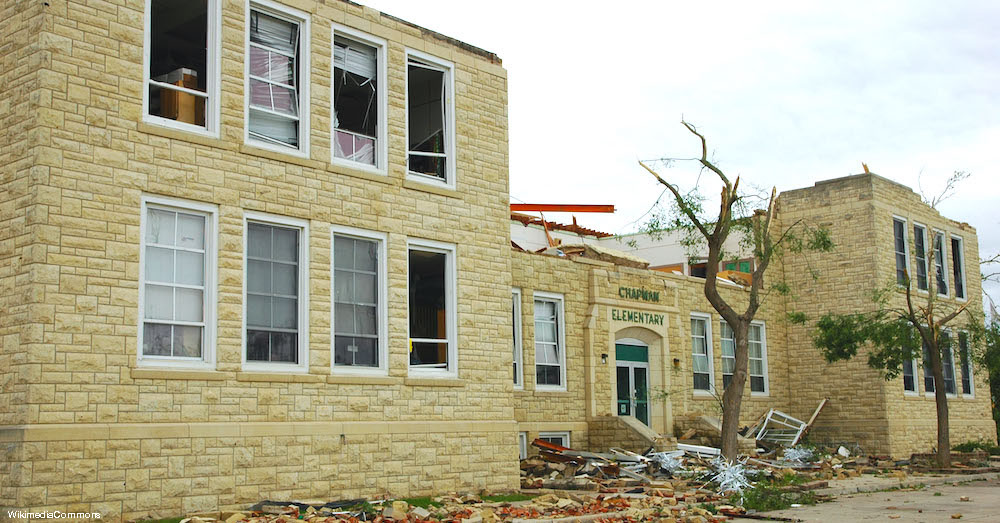 FEMA_-_37574_-_Chapman_KS_Tornado_Damage_to_Chapman_Elementary_School copy