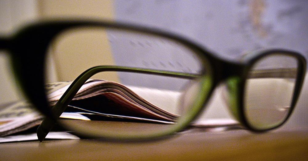 Glasses2_1000x523