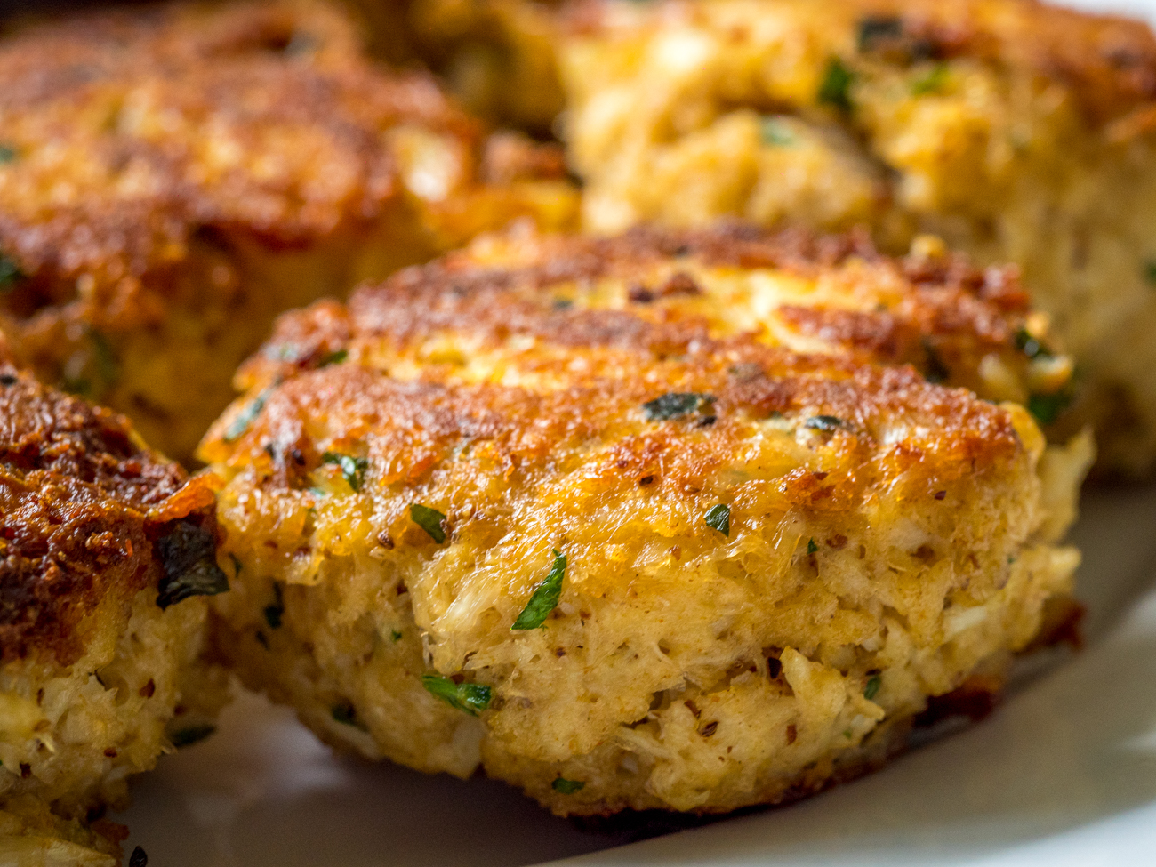 Maryland Crab Cakes Horizontal 4