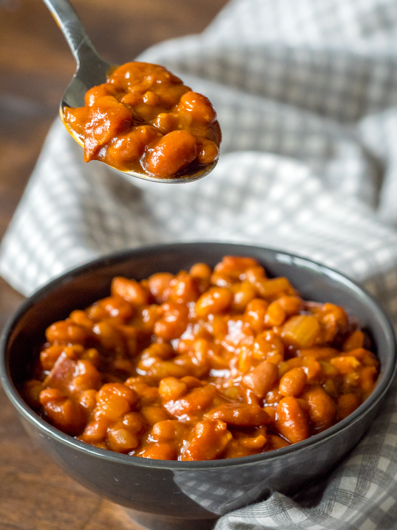 Root Beer Baked Beans Vertical 4