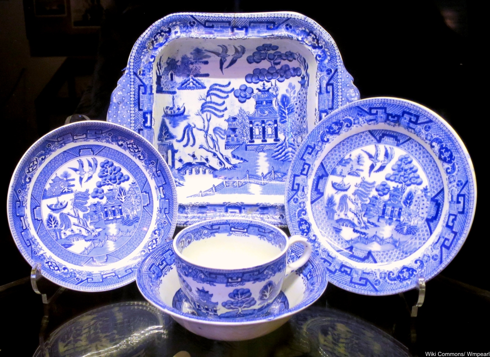 10 Things You Didn't Know About Blue Willow China