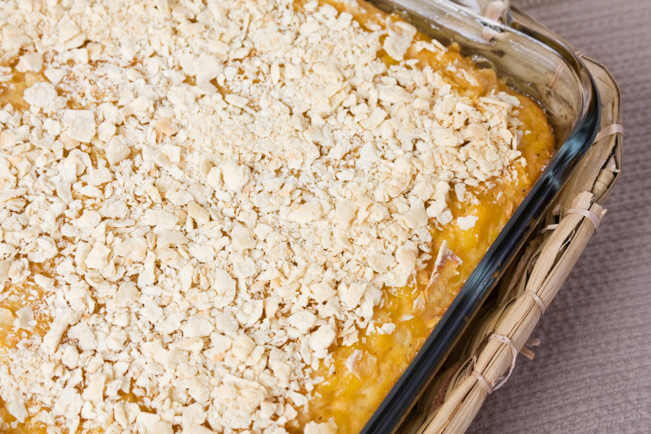 Scalloped Corn with Crushed Cracker Crumb Topping