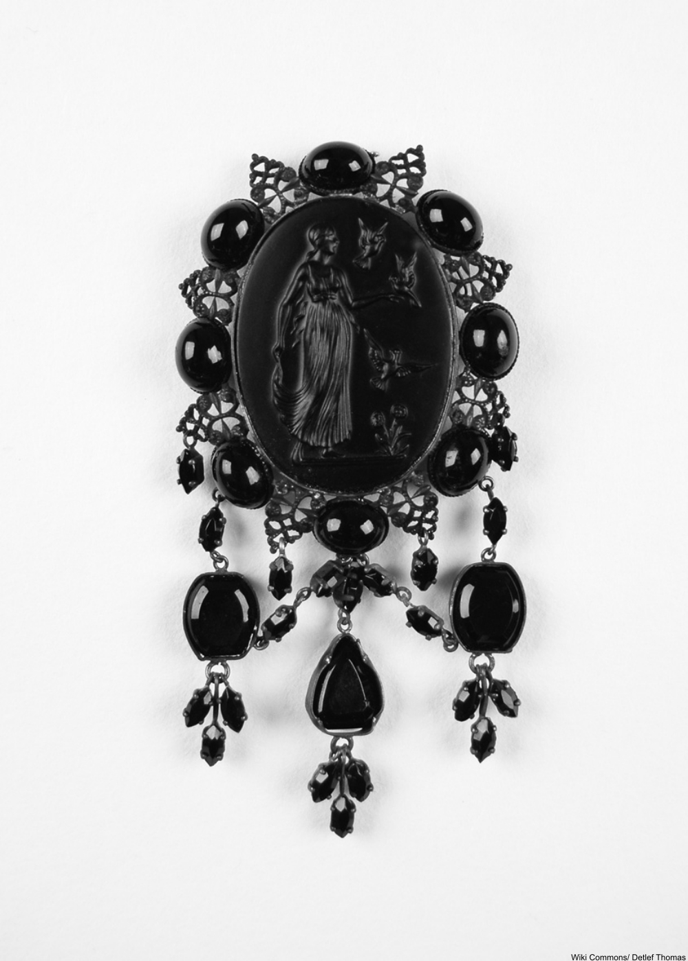 The Fascinating History of Mourning Jewelry