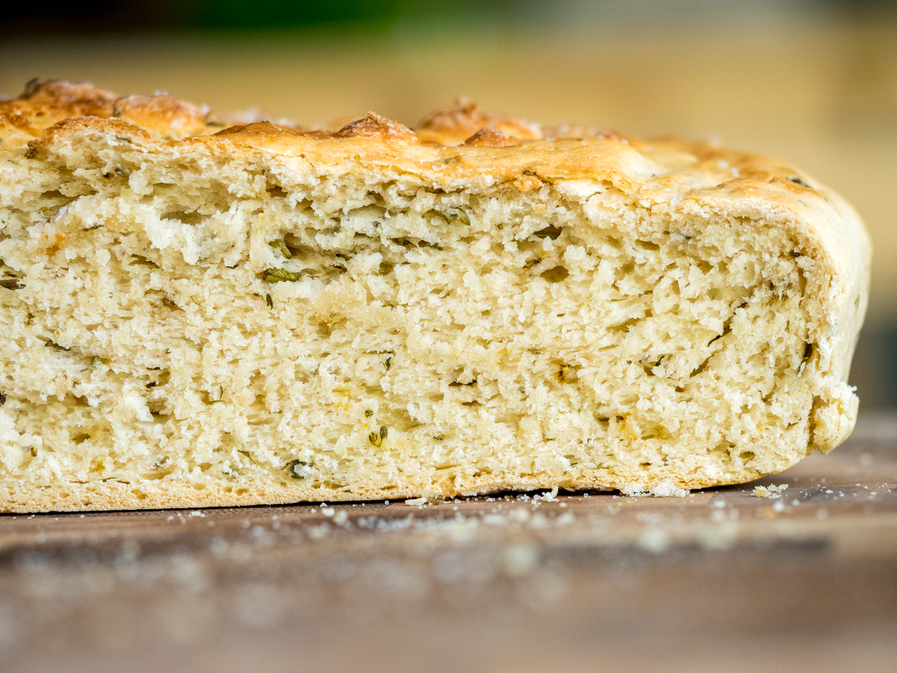Slow Cooker Herb Bread Horizontal 10
