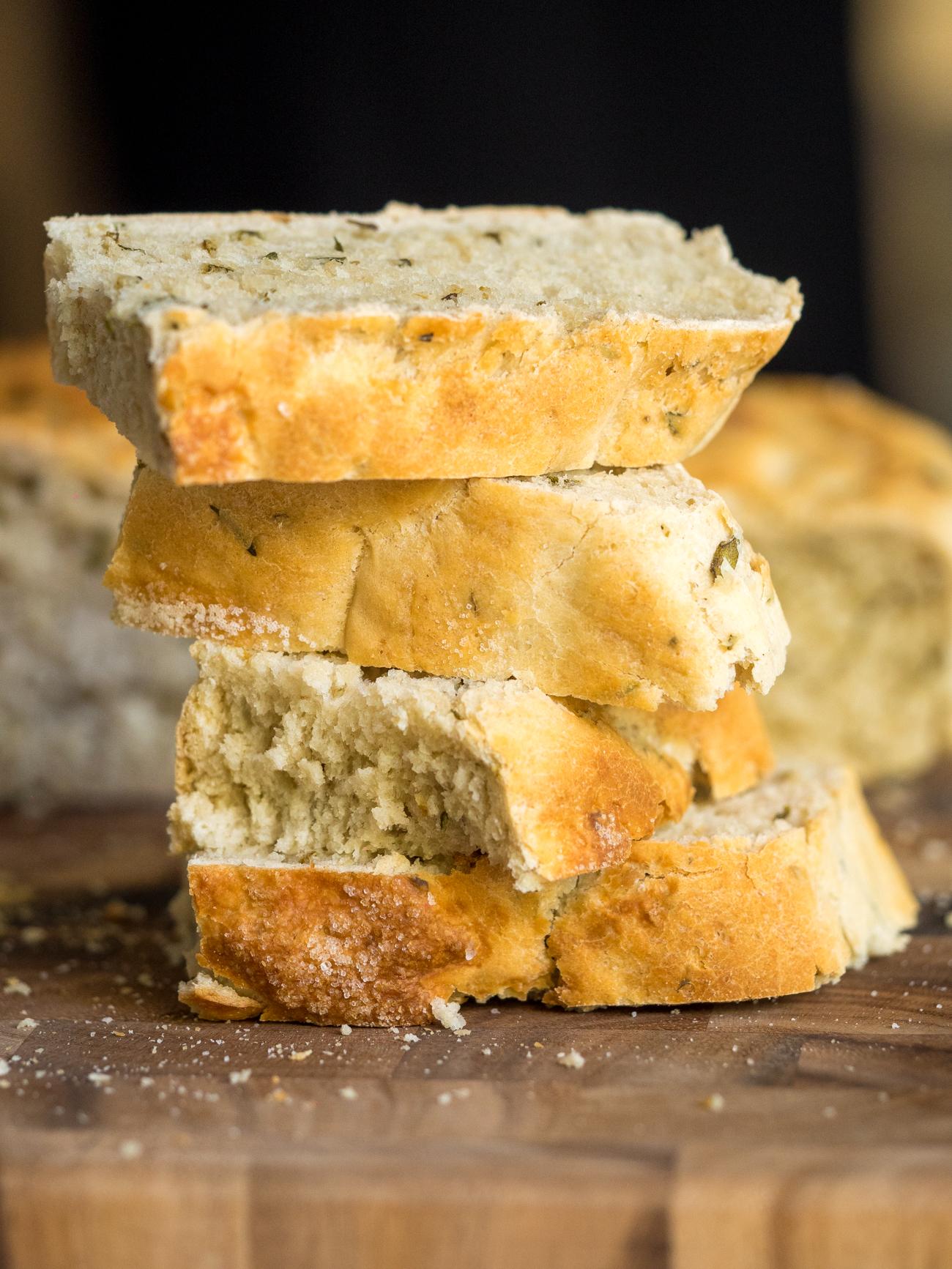Slow Cooker Herb Bread Vertical 1