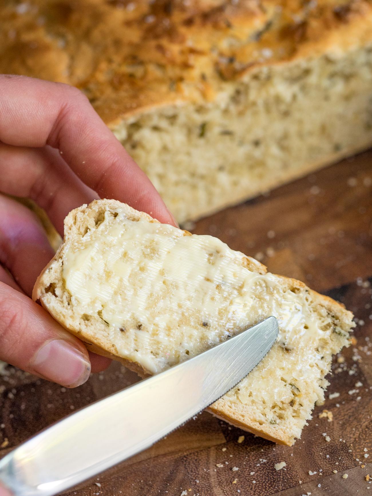 Slow Cooker Herb Bread Vertical 2