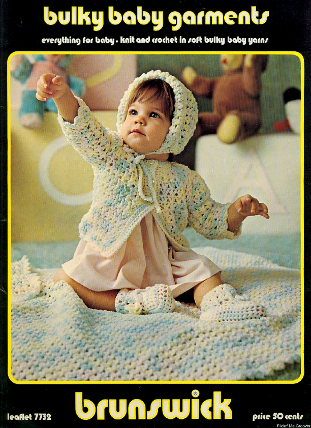 These Charming Vintage  Knit& Crochet Patterns Remind Us of Grandma!