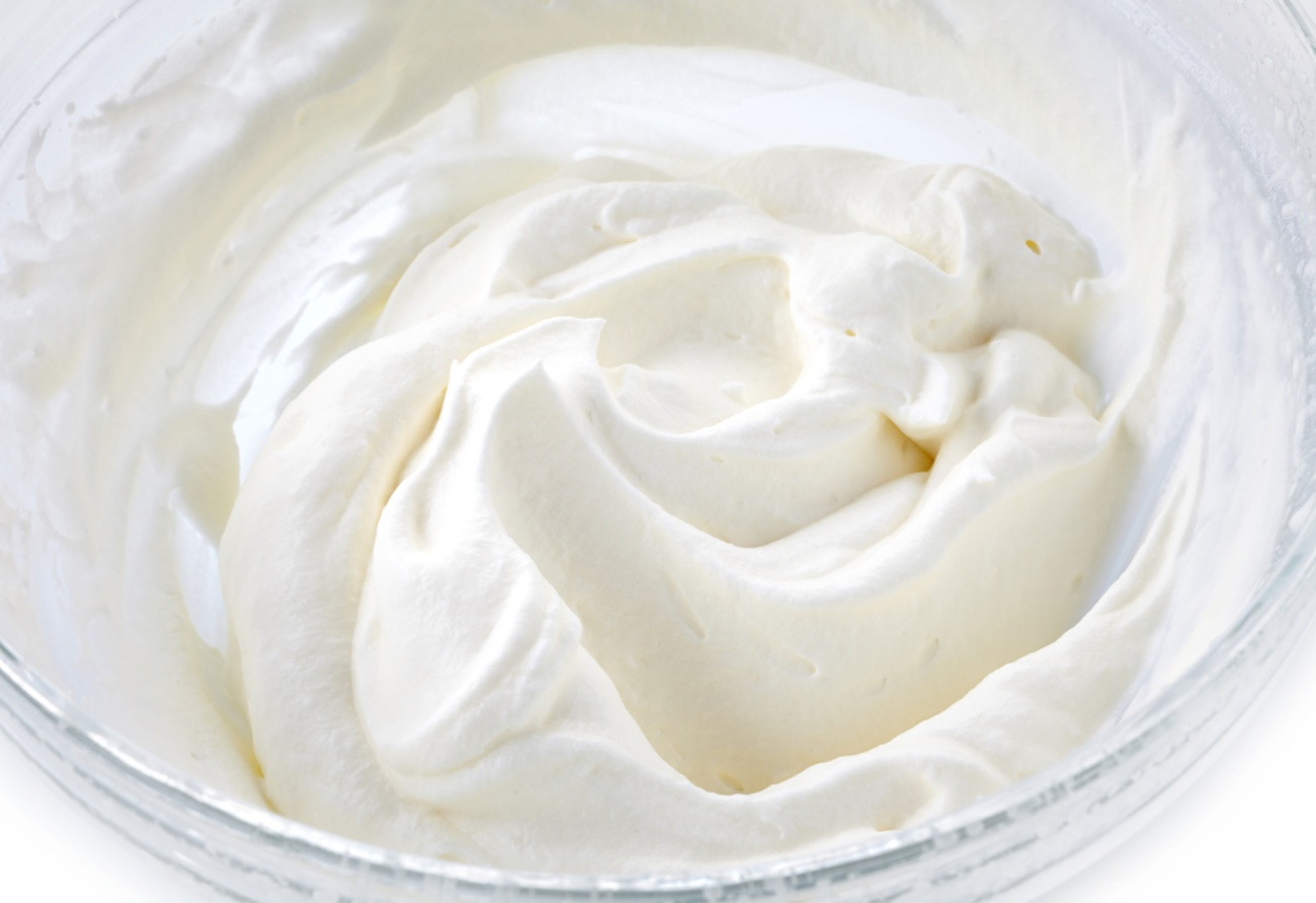 This is the way to make whipped cream frosting!