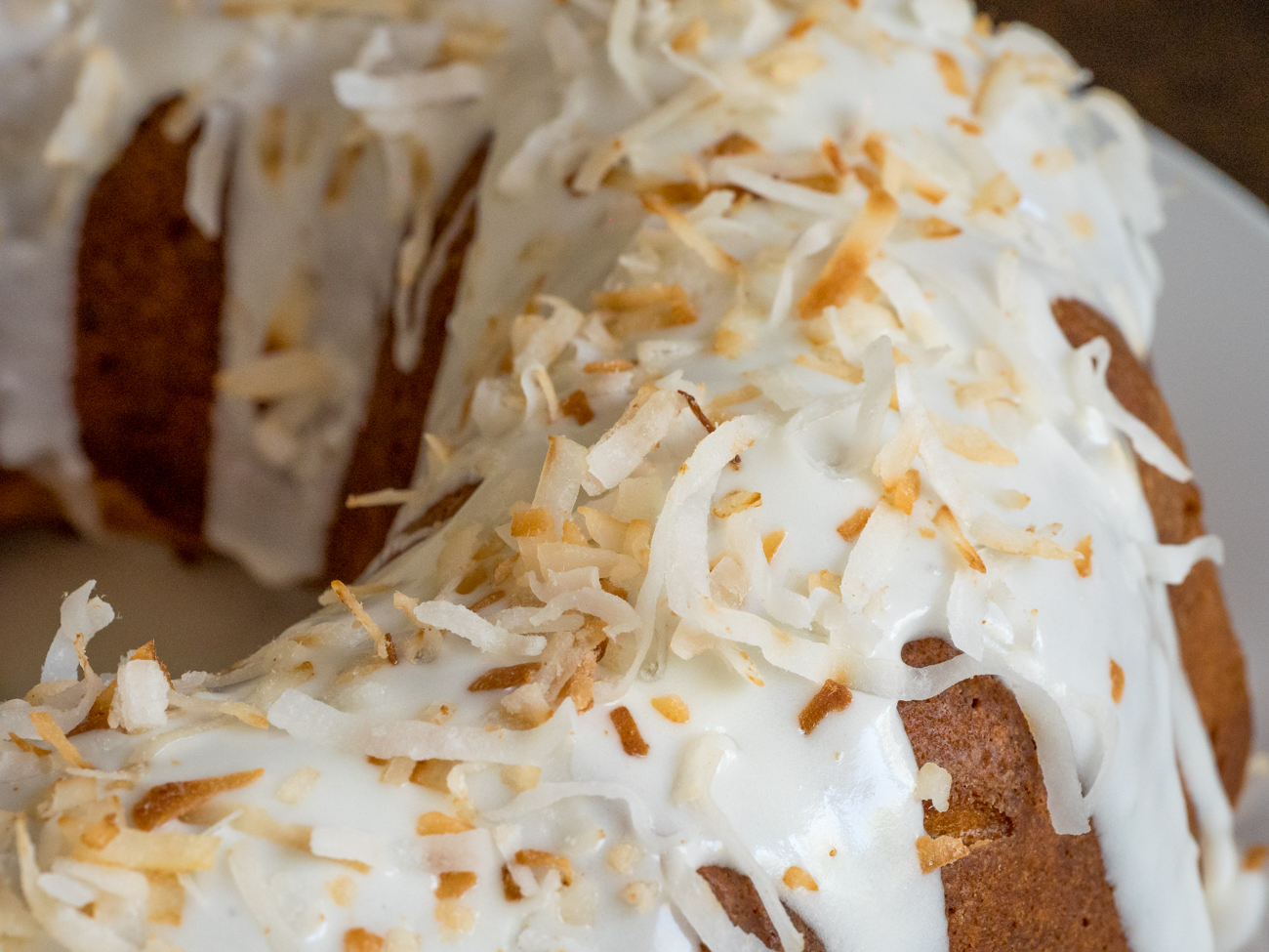 Coconut Bundt Cake Horizontal 4