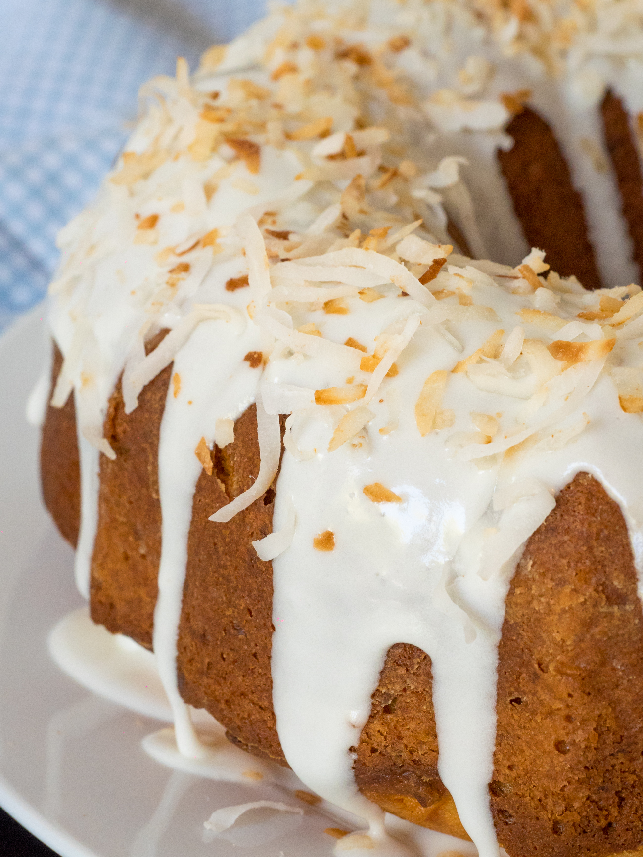 Coconut Bundt Cake Vertical 1