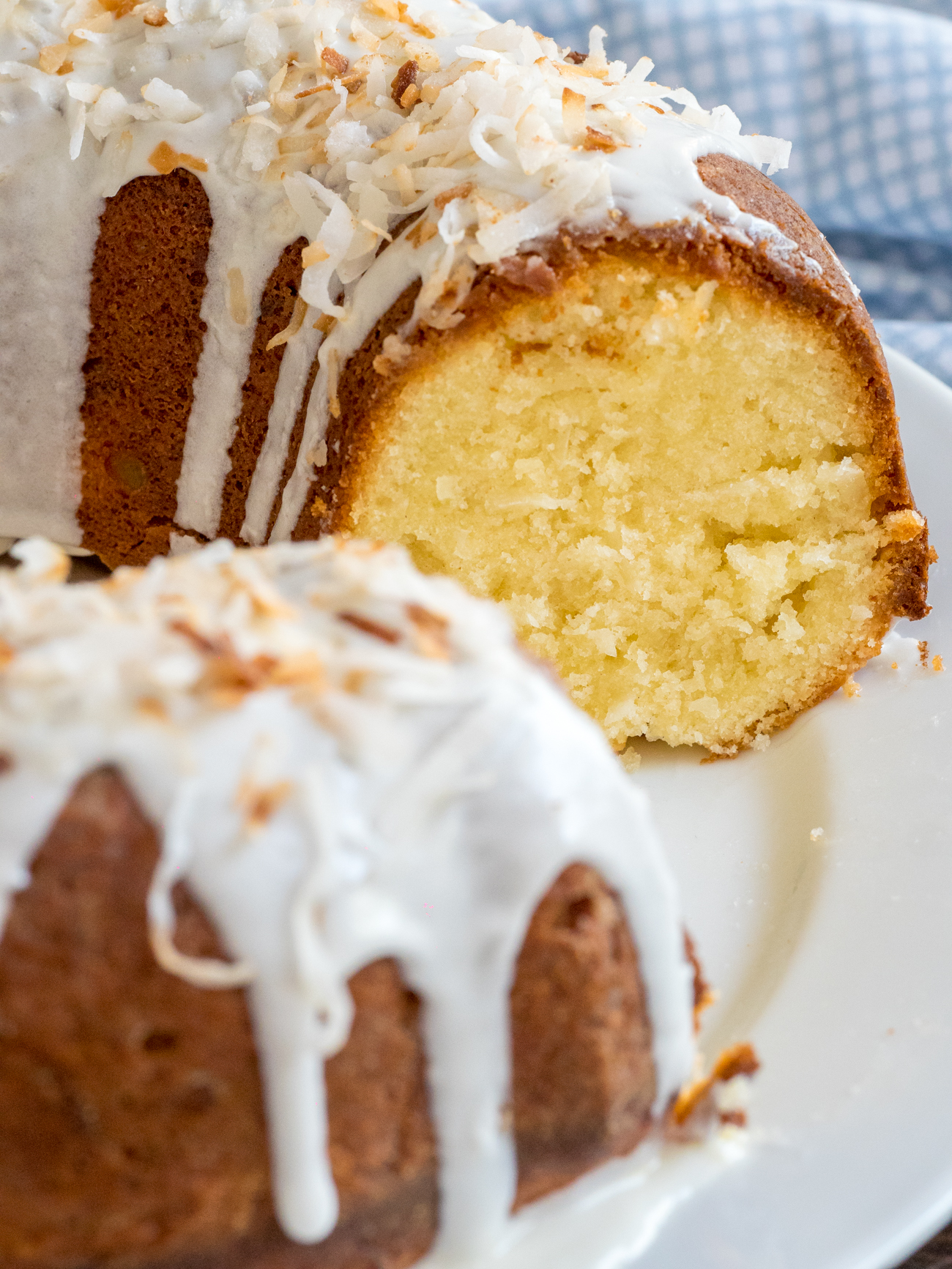 Coconut Bundt Cake Vertical 3
