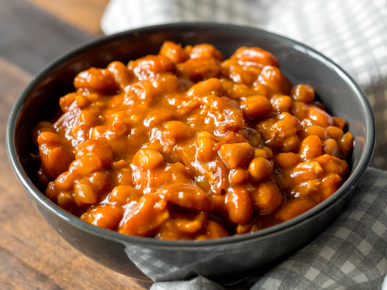 Root-Beer-Baked-Beans-Horizontal-4