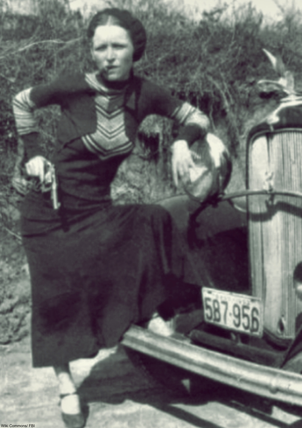 8 Surprising Facts About Bonnie and Clyde