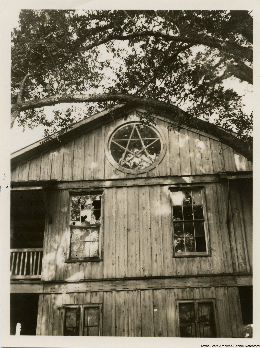 Images from 1930s Photographer Fannie Ratchford Capture the Houses of Old Texas