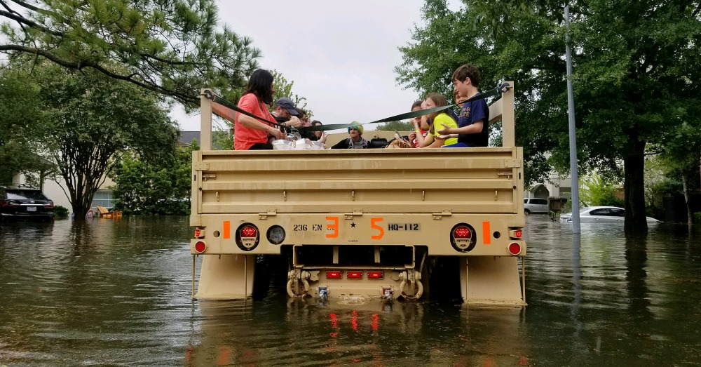 Flickr/Texas Military Department: Texas National Guard aiding citizens in areas of heavy flooding