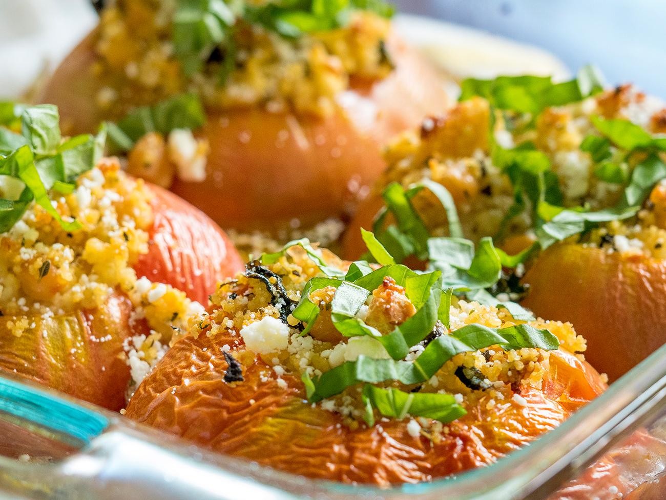 Mediterranean-Stuffed-Tomatoes-horizontal-1