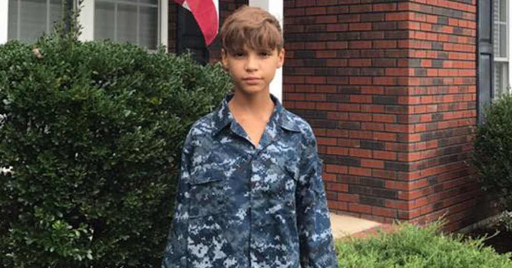 Photo: Facebook/Mellanie Picklesimer -- 11-year-old Isaiah Picklesimer was bullied for wearing a Navy uniform at school for his brother.