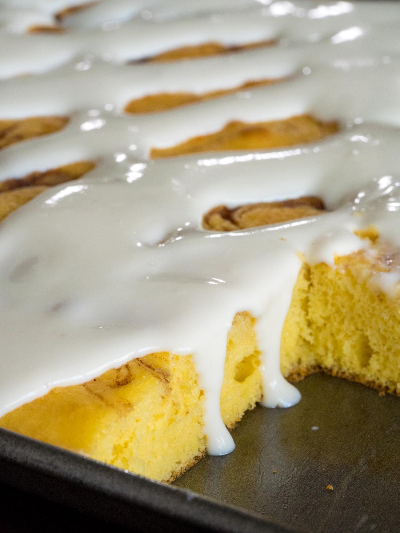 Cinnamon Roll Sheet Cake Vertical 4