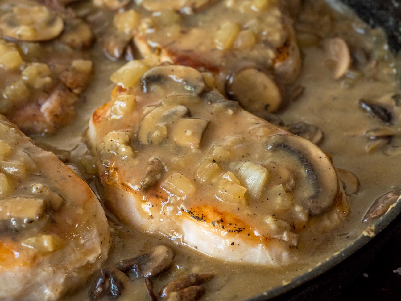 Mushroom Gray Pork Chops Horizontal 1