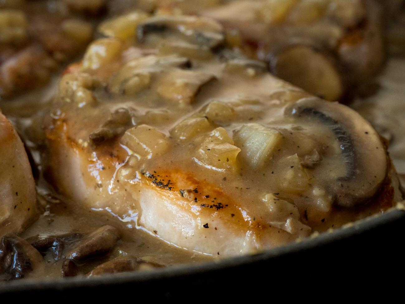 Mushroom Gray Pork Chops Horizontal 3