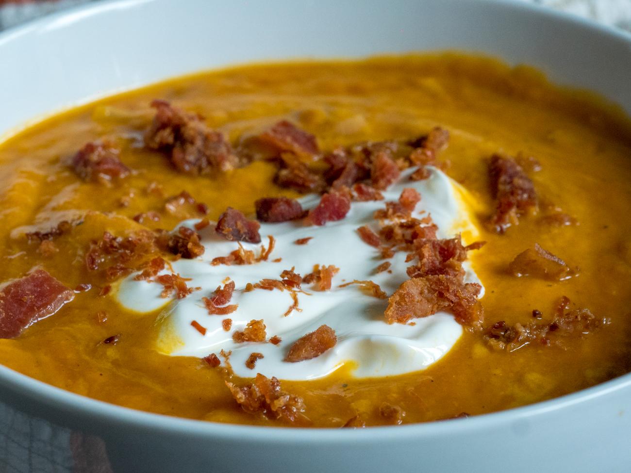 Slow Cooker Pumpkin Soup Horizontal 4
