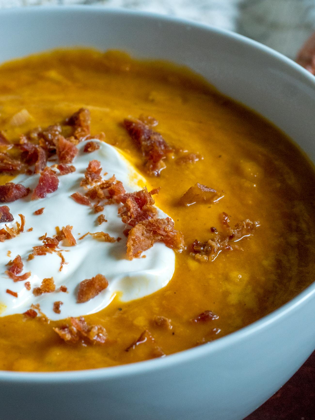Slow Cooker Pumpkin Soup Vertical 3