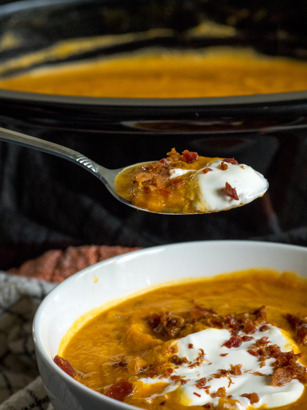 Slow Cooker Pumpkin Soup Vertical 8
