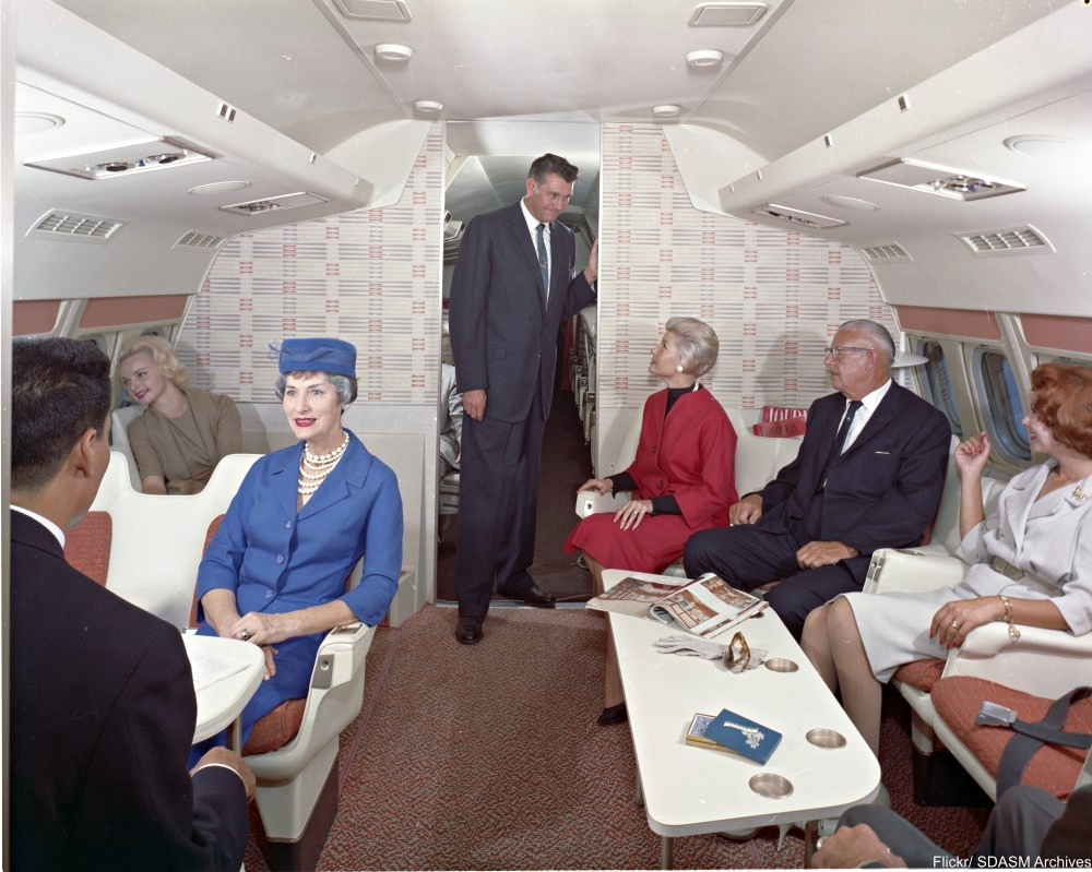TWA Convair 880 interior showing the modern updates to planes in 1960
