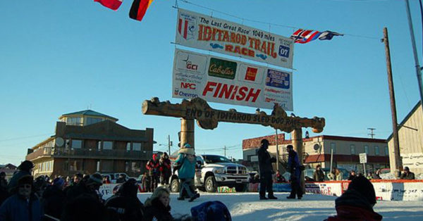 Source: Wikimedia Commons The finish of the Iditarod race.