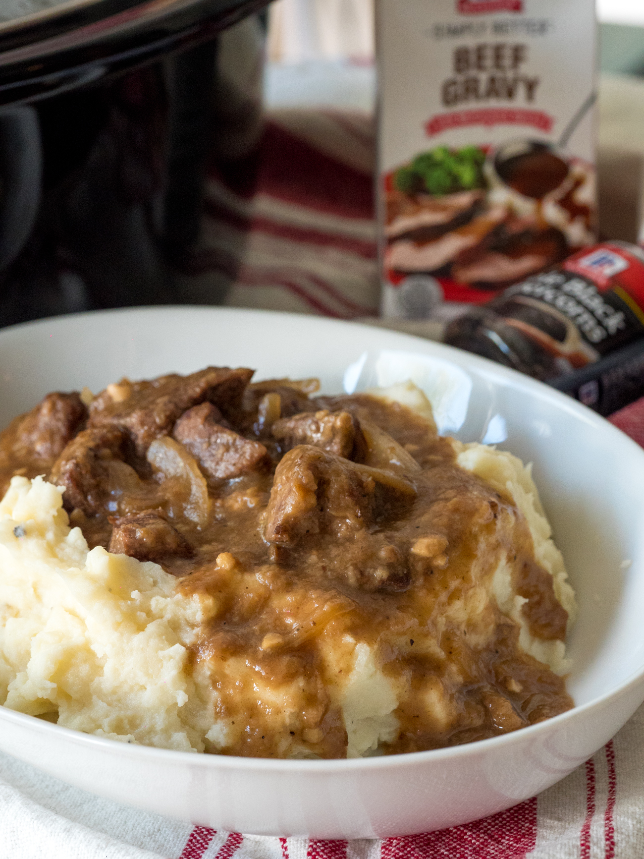 slow_cooker_beef_tips_and_gravy_vertical_6