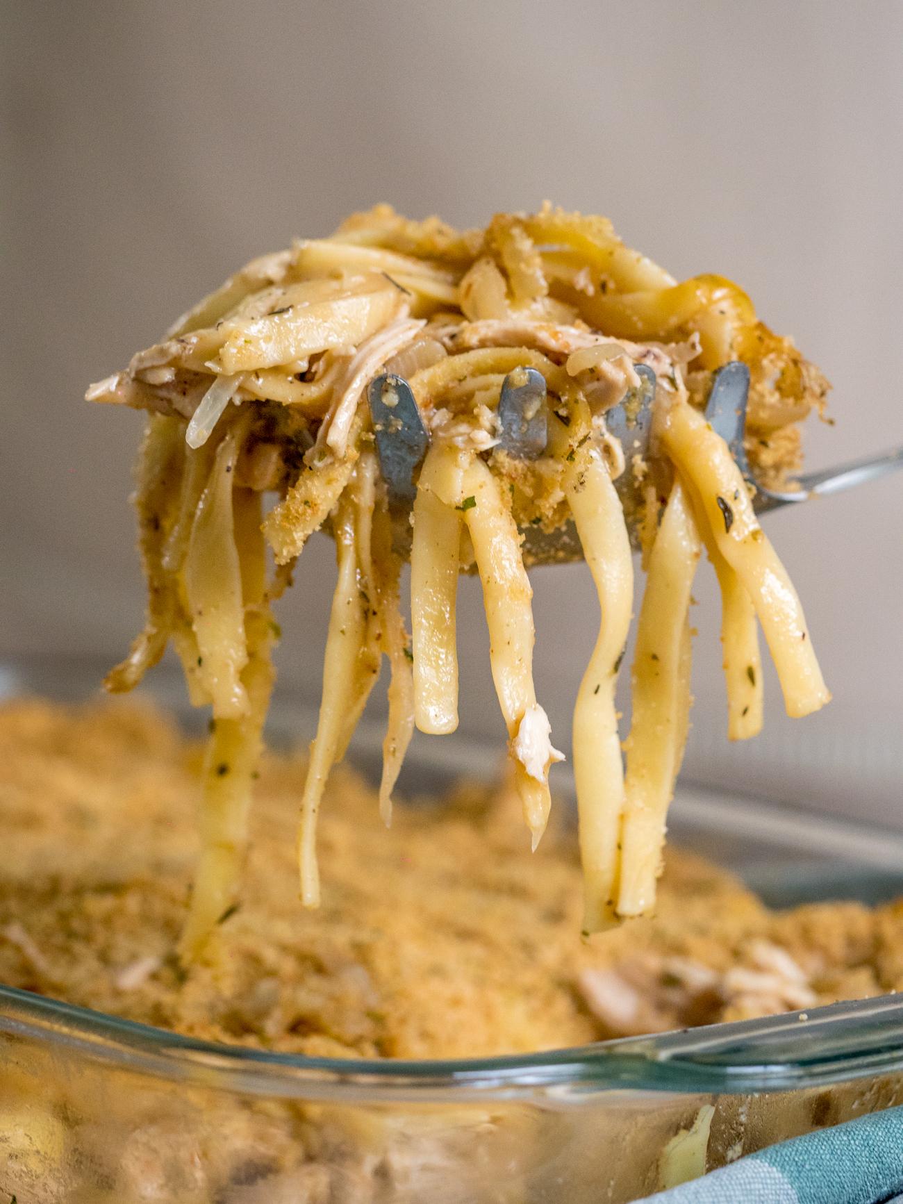 French Onion Chicken Pasta Casserole Vertical 1