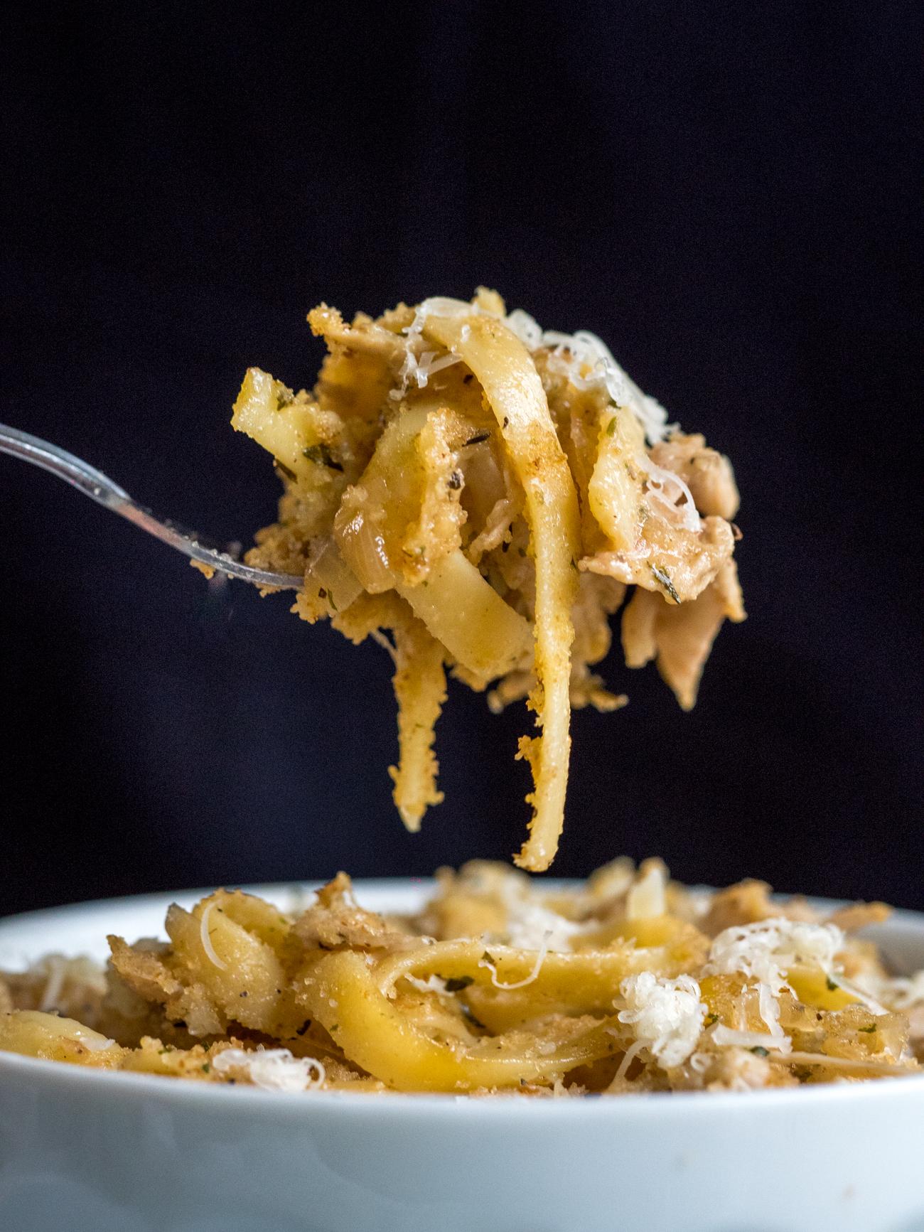 French Onion Chicken Pasta Casserole Vertical 5
