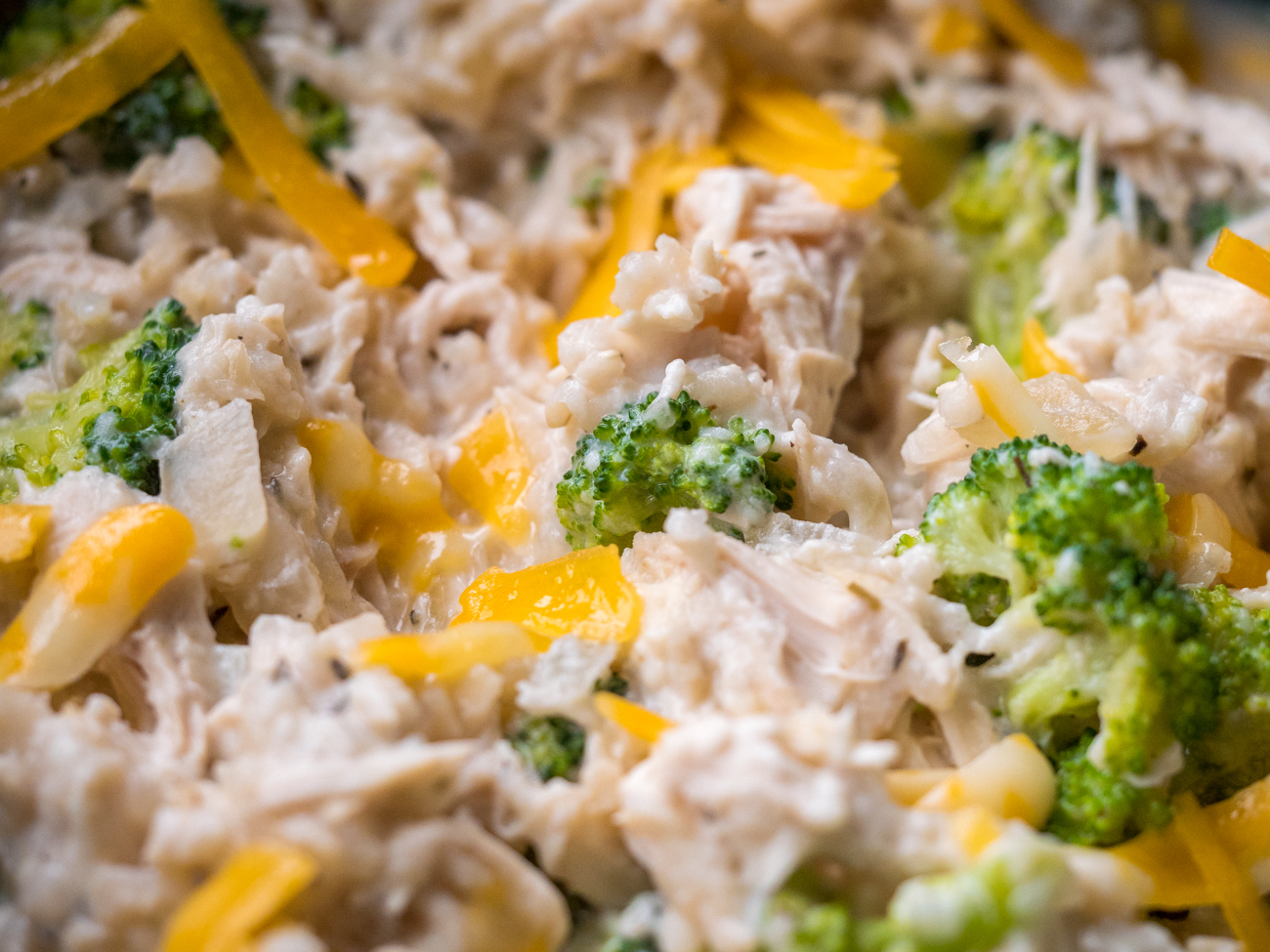Slow Cooker Chicken Broccoli Rice Casserole Horizontal 1