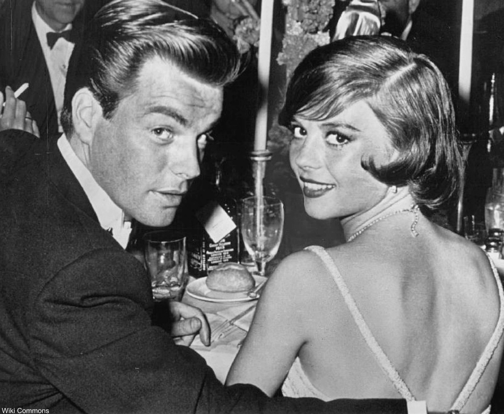 Natalie Wood with Robert Wagner in 1960