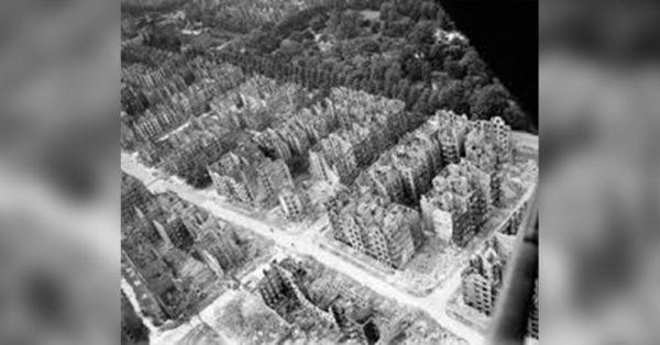 Source: Wikimedia Commons Hamburg during WWII.